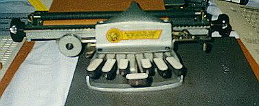 Blindenschreibmaschine